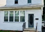 Foreclosed Home en OAKLAND ST, Irvington, NJ - 07111