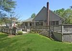 Foreclosed Home en HARRIET LN, Huntington, NY - 11743