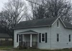 Foreclosed Home en N 6TH ST, Breese, IL - 62230