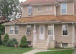 Foreclosed Home en BURNET ST, Avenel, NJ - 07001