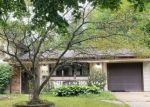 Foreclosed Home en NOTTINGHAM LN, Crystal Lake, IL - 60014