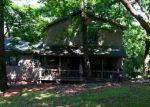 Foreclosed Home en HONEYSUCKLE LN, Front Royal, VA - 22630