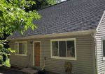 Foreclosed Home en JONATHAN RD, Linden, VA - 22642