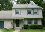 Foreclosed Home en DEBBIE DR, Coatesville, PA - 19320