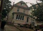 Foreclosed Home en VAN BUREN AVE, Elizabeth, NJ - 07201
