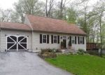 Foreclosed Home en MARANATHA DR, Coatesville, PA - 19320