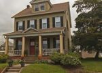 Foreclosed Home en PEMBROKE RD, Bethlehem, PA - 18018