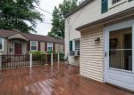Foreclosed Home en MYRTLE AVE, Havertown, PA - 19083