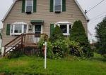 Foreclosed Home en ANDERSON AVE, Waterbury, CT - 06708