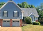 Foreclosed Home en E 90TH TER, Kansas City, MO - 64138