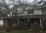 Foreclosed Home en STRATFORD DR, Greendale, WI - 53129