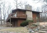 Foreclosed Home en OLD LAKE ST, Elgin, IL - 60120