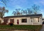 Foreclosed Home en S OLTENDORF RD, Streamwood, IL - 60107