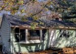 Foreclosed Home en FRUITWOOD DR, Norwich, CT - 06360