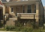 Foreclosed Home en W EVERGREEN AVE, Chicago, IL - 60651