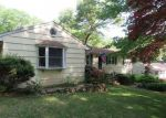 Foreclosed Home in HILL ST, Hamden, CT - 06514