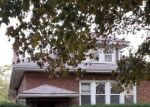Foreclosed Home en S 11TH AVE, Maywood, IL - 60153