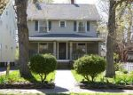 Foreclosed Home en COTTAGE GROVE DR, Cleveland, OH - 44118