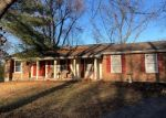 Foreclosed Home en WHITE PLAINS DR, Chesterfield, MO - 63017