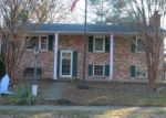 Foreclosed Home en TURNWOOD DR, Glen Burnie, MD - 21061