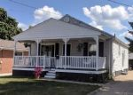 Foreclosed Home en DENNISON AVE, Akron, OH - 44312