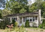 Foreclosed Home in AUSTIN RD, Durham, CT - 06422