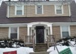 Foreclosed Home en N 10TH ST, Milwaukee, WI - 53206