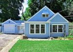 Foreclosed Home in KASHMIRI AVE, Mchenry, IL - 60050