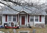 Foreclosed Home en DEER POND LN, Suitland, MD - 20746