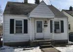 Foreclosed Home en LAMBRECHT AVE, Eastpointe, MI - 48021