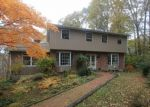 Foreclosed Home en PEACEFUL DR, New Fairfield, CT - 06812