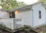 Foreclosed Home en BROADWAY, Rocky Point, NY - 11778