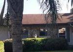Foreclosed Home en LAKE JESSIE DR, Winter Haven, FL - 33881
