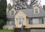 Foreclosed Home en ERICKSON DR, Johnstown, PA - 15904