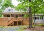 Foreclosed Home en FAIR OAKS DR, Scottsville, VA - 24590