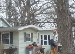 Foreclosed Home en KLONDIKE RD, Hillsboro, MO - 63050