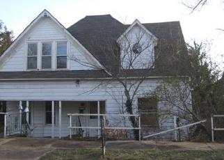 Casa en ejecución hipotecaria in Poplar Bluff, MO, 63901,  POPLAR ST ID: A1721540