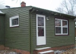 Casa en ejecución hipotecaria in Bedford, OH, 44146,  MCKINLEY AVE ID: A1721737