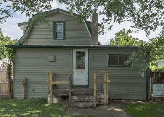 Casa en ejecución hipotecaria in Croydon, PA, 19021,  THIRD AVE ID: A1721890