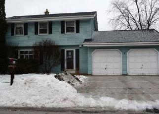 Casa en ejecución hipotecaria in Waukesha, WI, 53189,  WISTERIA LN ID: A1722402