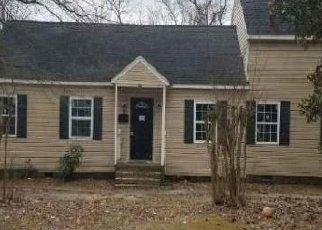 Casa en ejecución hipotecaria in Petersburg, VA, 23805,  OAKLAND ST ID: A1722427