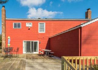 Casa en ejecución hipotecaria in Huntington Station, NY, 11746,  GALLATIN DR ID: A1723171