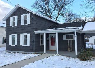 Foreclosed Home en ADAMS ST, Dansville, NY - 14437