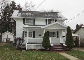 Casa en ejecución hipotecaria in Cuyahoga Falls, OH, 44221,  3RD ST ID: F1087034