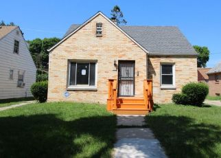 Foreclosed Home in N 39TH ST, Milwaukee, WI - 53216
