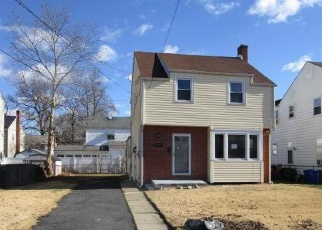 Foreclosed Home in ELM AVE, Woodbury, NJ - 08096