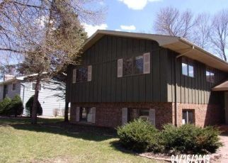 Foreclosed Home en CRESTVIEW BAY, Faribault, MN - 55021