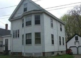 Casa en ejecución hipotecaria in Bangor, ME, 04401,  WILLOW ST ID: F1404311