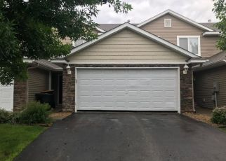 Foreclosed Home en PRAIRIE VIEW TRL, Farmington, MN - 55024