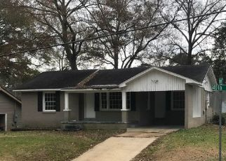 Foreclosed Home in 40TH ST, Meridian, MS - 39305